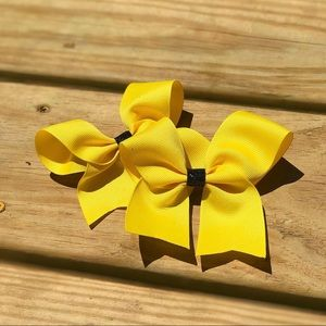 Bumble Bee Yellow Bow
